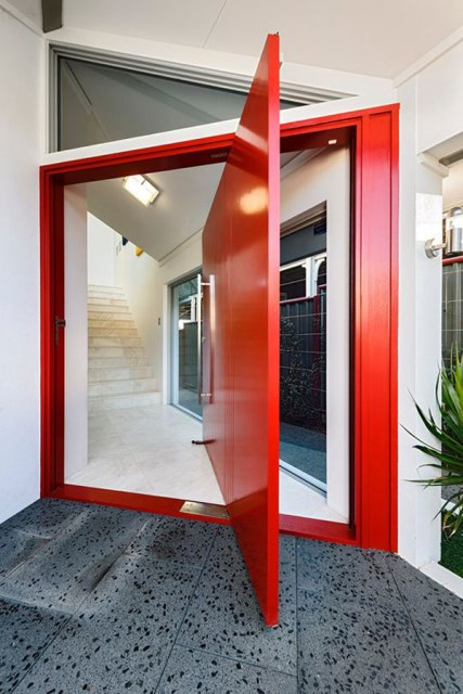 25 modern-front-door-with-wood-accents (15)