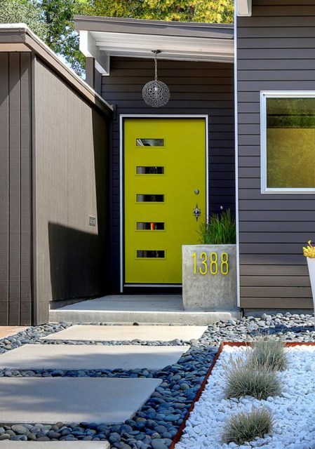 25 modern-front-door-with-wood-accents (18)