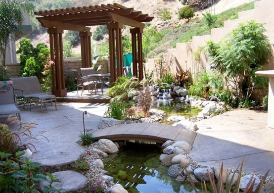 53 backyard pond ideas (1)