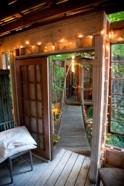 Bohemian House nature nestling (3)
