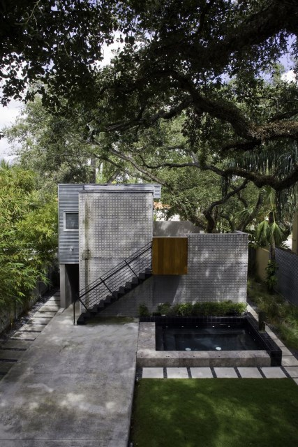 Compact Size cement Modern house (3)