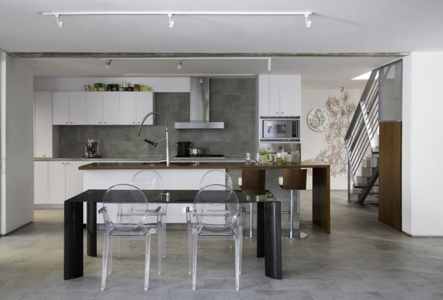 Compact Size cement Modern house (7)