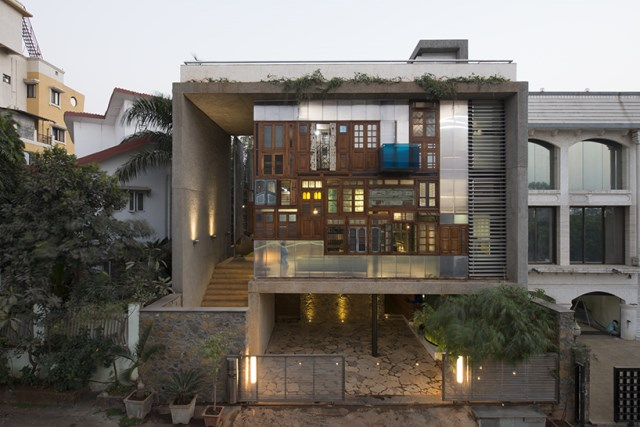 Contemporary house design recycled materials (10)