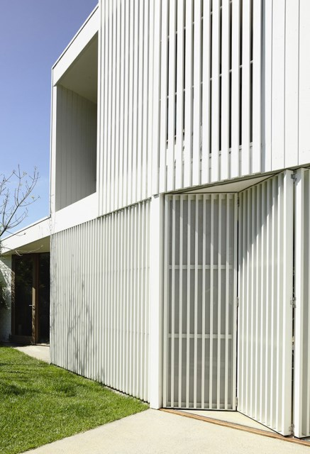 Modern Home white battens (3)