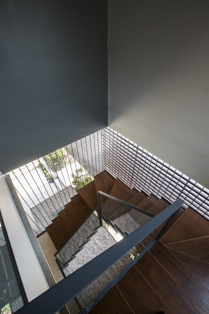 Modern House Minimalist interiors (18)
