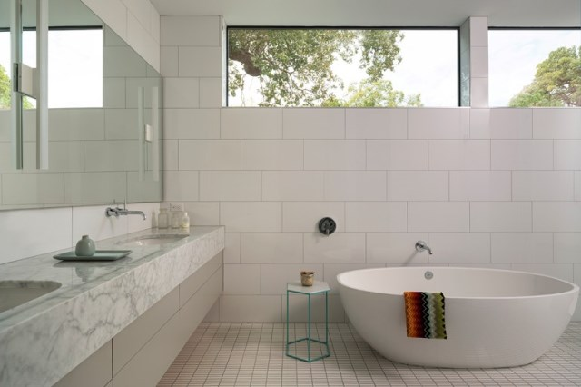 Modern contemporary home Minimalist colors (9)