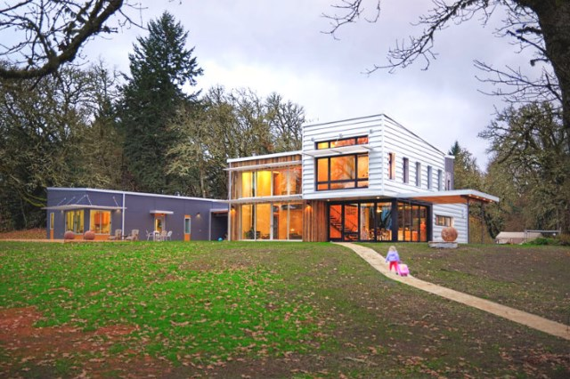 Modern home Beautiful shapes and colors recycled materials (10)
