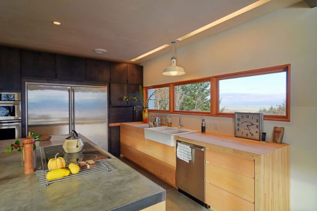 Modern home Beautiful shapes and colors recycled materials (2)
