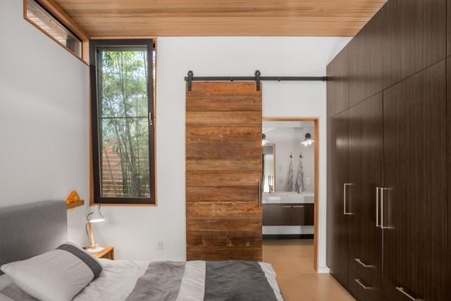 Modern houses 2 bedrooms 2 bathrooms and garden (6)
