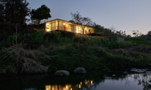 Modern villa style house  (3)