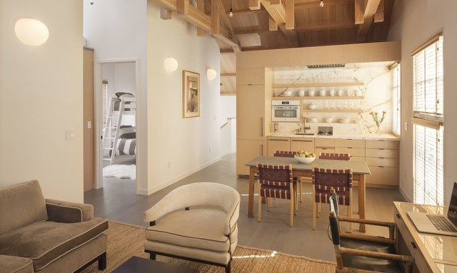 Renovate house interior is minimalist lofts (1)
