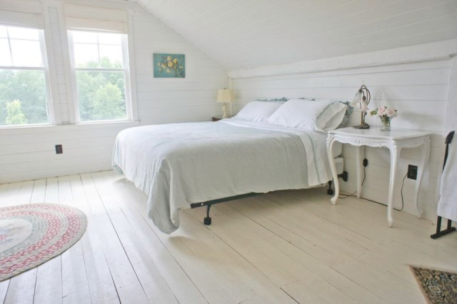 Renovate house two-story cottage Style (13)