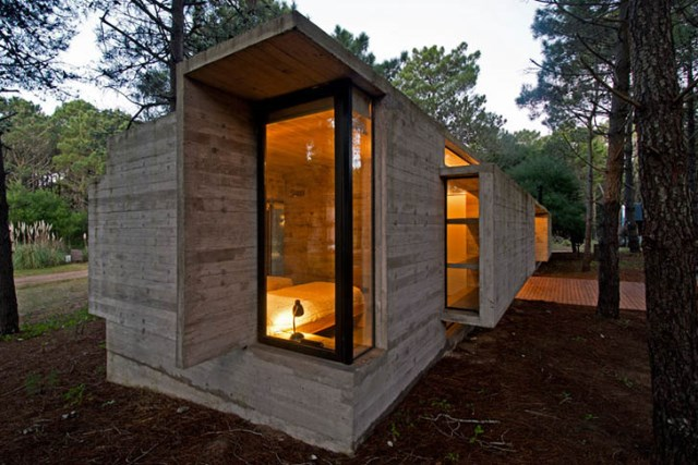 concrete-home to-the-surrounding-forest (11)