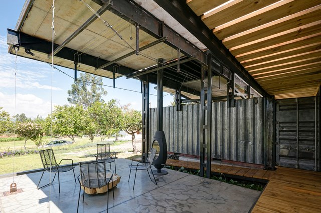 container Modern house INDUSTRIAL style (6)