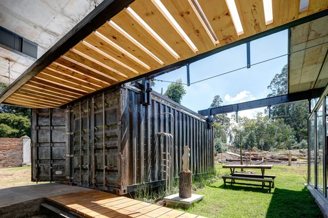 container Modern house INDUSTRIAL style (7)