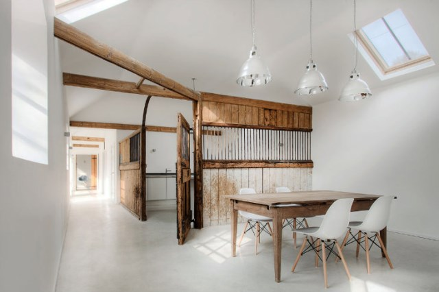 horse stables to modern house (2)