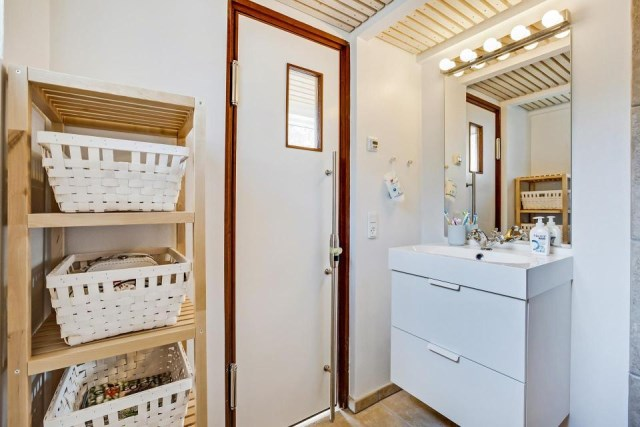 modern-tiny-house (8)
