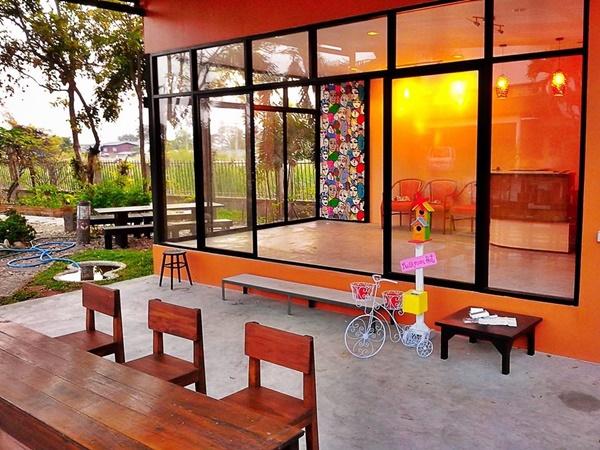 mushroom hut cafe review (19)