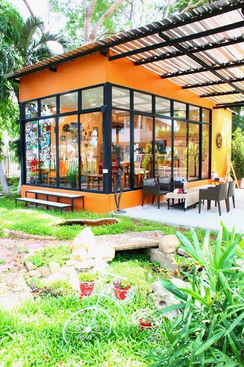 mushroom hut cafe review (24)