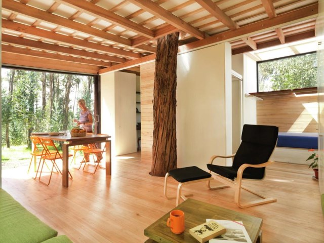 studio Small home Decorated with modern shapes (12)