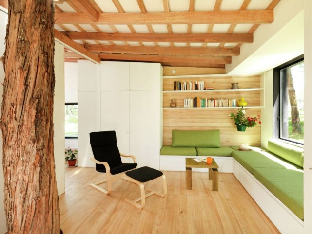 studio Small home Decorated with modern shapes (15)