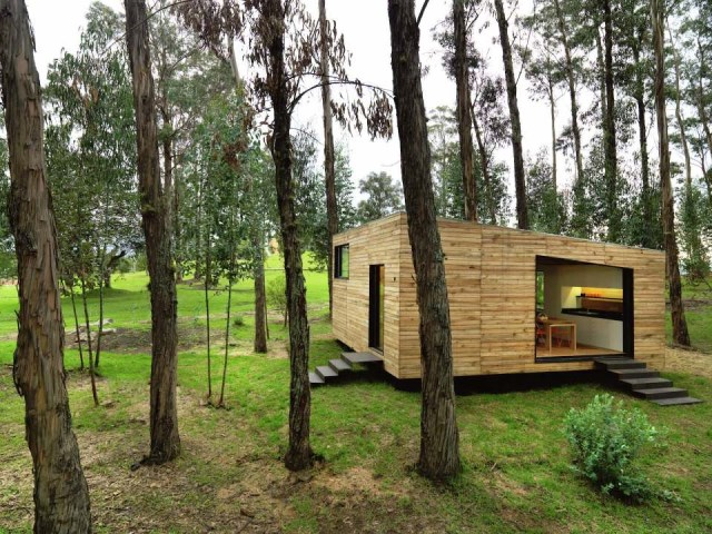 studio Small home Decorated with modern shapes (8)