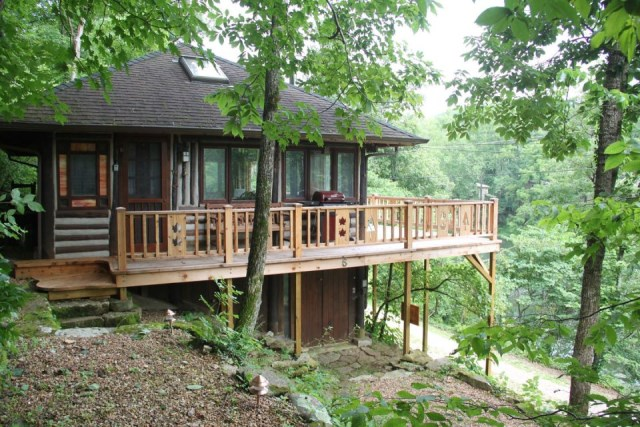 the-perch-ozarks-log-cabin (1)
