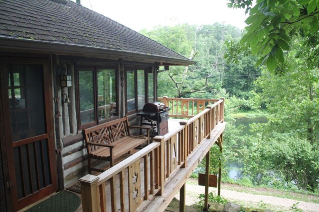 the-perch-ozarks-log-cabin (2)