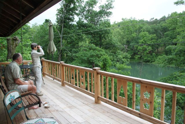 the-perch-ozarks-log-cabin (8)