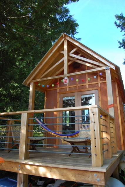 tiny-rustic-cabin (1)