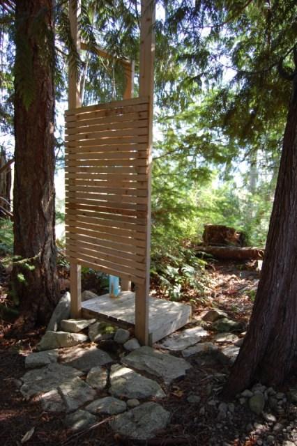 tiny-rustic-cabin (5)