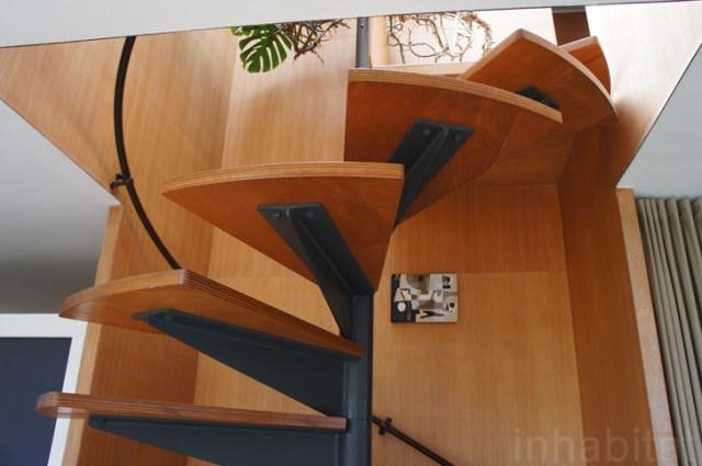 two- storey Modern home steel glass natural garden (6)
