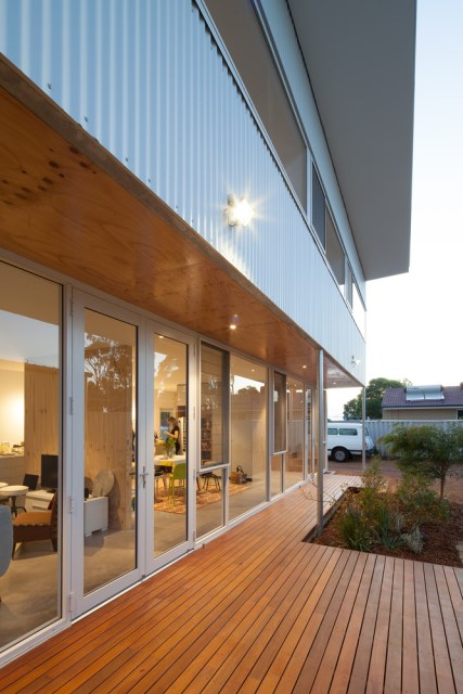 two-story Modern house  (13)