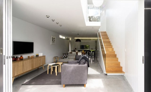 two-story Modern house Big Ideas on limited area (2)