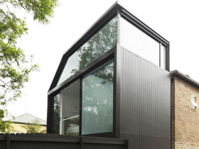 two-story Modern house Big Ideas on limited area (7)