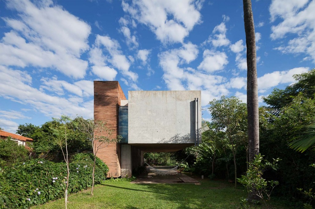 two-story house Modern style Materials from cement and wood (19)