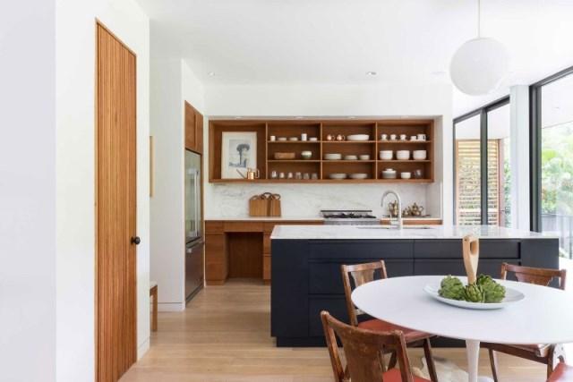 villa Modern style with wooden windows (15)