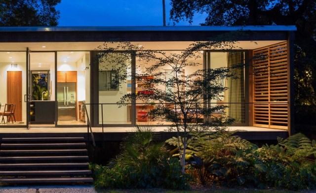 villa Modern style with wooden windows (3)
