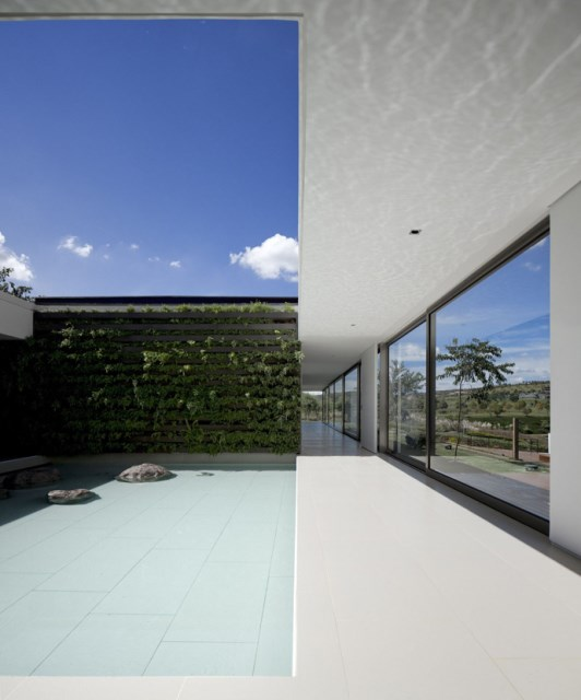 villa-houses-with-contemporary-designs (10)