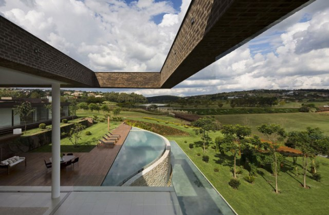villa-houses-with-contemporary-designs (13)