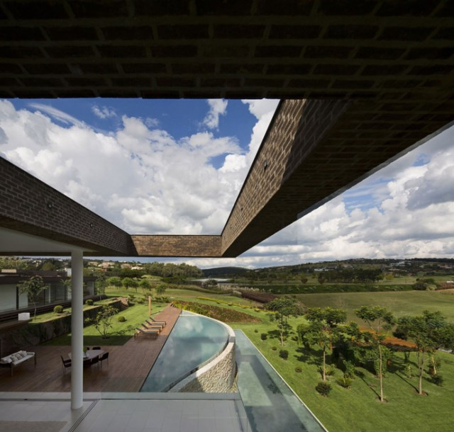 villa-houses-with-contemporary-designs (14)