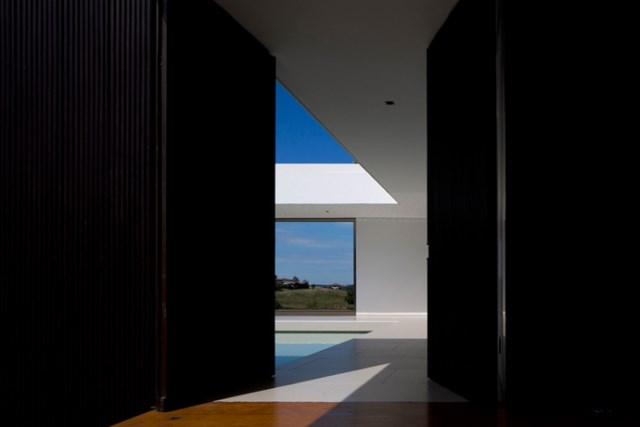 villa-houses-with-contemporary-designs (3)