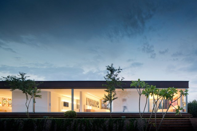 villa-houses-with-contemporary-designs (31)