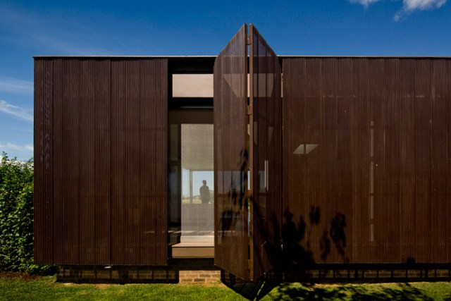 villa-houses-with-contemporary-designs (40)