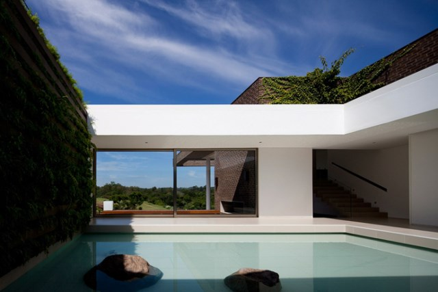 villa-houses-with-contemporary-designs (5)