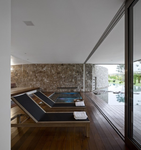villa-houses-with-contemporary-designs (9)