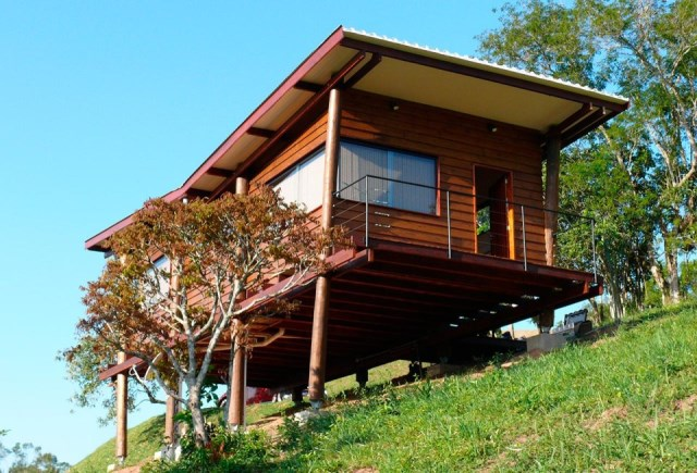 wooden Vacation home on the Hill (4)