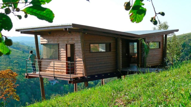 wooden Vacation home on the Hill (6)