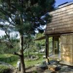 บ้านสวนขนาดเล็ก รูปทรงแปลกตา วัสดุจากไม้ เหมาะกับทำเป็นรีสอร์ท หรือร้านกาแฟ