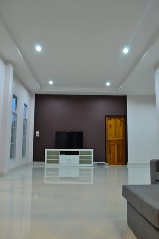 1.2m modern 3 bedroom house review (11)